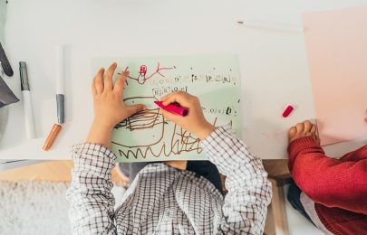 DIY: Como transformar um berço numa secretária!