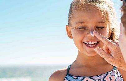 Idas à praia: cuidados a ter com crianças